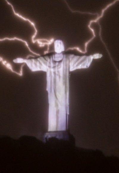 LE christ the redeemer pic
